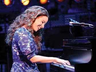 Beautiful: the Carole King Musical Broadway billetter - Piano