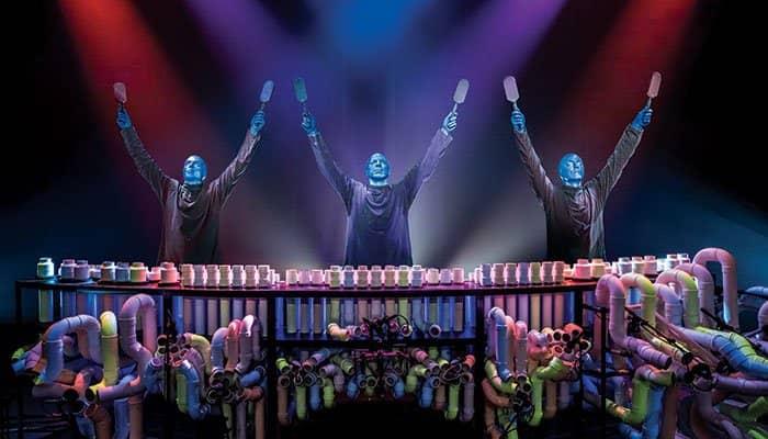 Blue Man Group i New York billetter - Armene i vejret