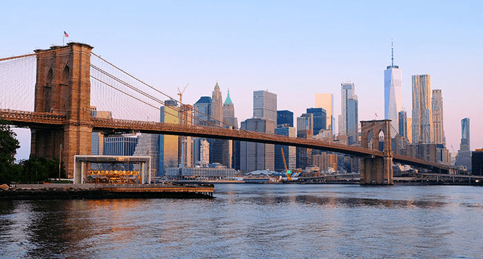 Brooklyn Bridge - Skyline