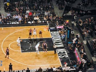 Brooklyn Nets billetter - Basketballkamp