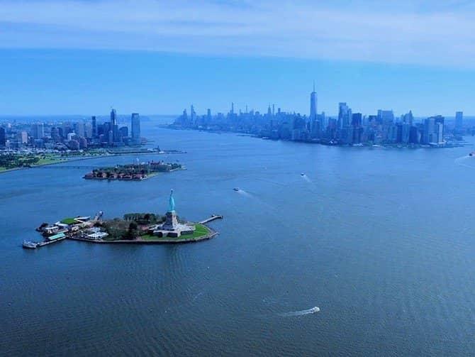 Helikoptertur i New York - Frihedsgudinden & Downtown