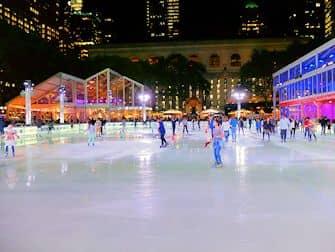 Løbe på skøjter i New York - Bryant Park Rink