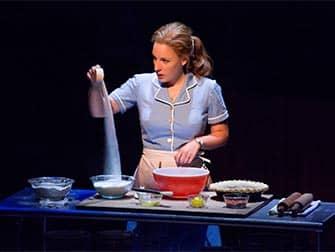 Sara Bareilles' Waitress Broadway billetter - Bagning