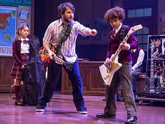 School of Rock Broadway billetter - rock n roll klassen