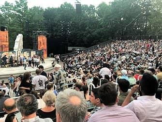 Shakespeare in the Park i New York billetter - Publikum