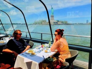 Bateaux Cruise med frokost i New York