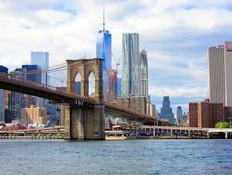 Bateaux Cruise med frokost i New York - Brooklyn Bridge