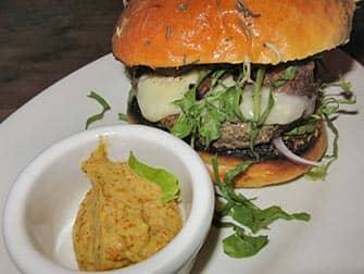 Bedste burger i New York - Burger på Maialino