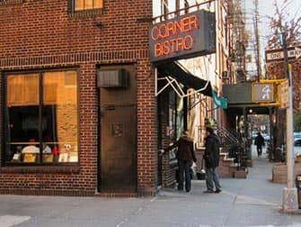 Bedste burger i New York - Corner Bistro udefra