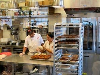 Carlo's Bakery Cake Boss i New York - Køkkenet i Carlo's Bake Shop