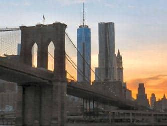 Circle Line New York Harbor Lights Cruise - Brooklyn Bridge og World Trade Center