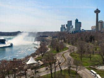 Dagstur fra New York til Niagara Falls med fly - Den canadiske side