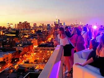 De bedste rooftop-barer i New York - The Roof solnedgang