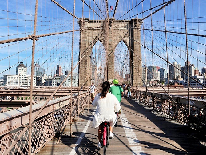 Leje cykel i New York - Brooklyn Bridge