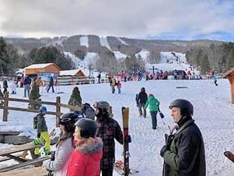 Ski- eller snowboard-dagstur i New York - Hunter Mountain
