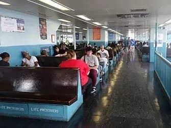Staten Island Ferry - Indenfor