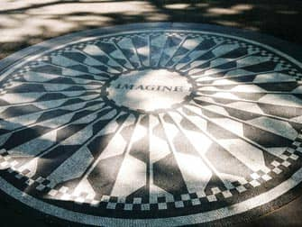 Guidet tur til filmlokationer i Central Park - Strawberry Fields