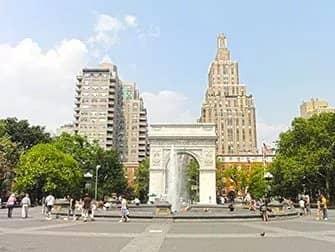 Guidet tur til tv- og filmlokationer i New York - Washington Square Park