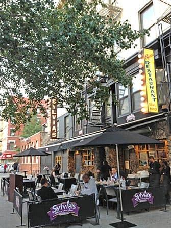 Harlem i New York - Sylvia's Restaurant