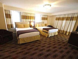 New Yorker Hotel i New York - Dobbeltværelse med to senge