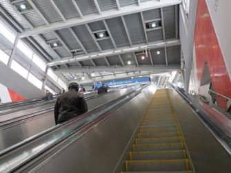 PATH mellem New Jersey og Manhattan - Rulletrappe