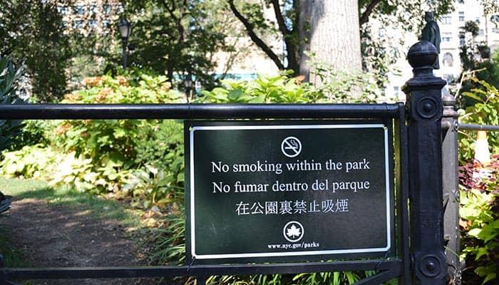 Rygning i New York - Rygning forbudt i parker