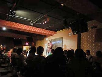 Comedy clubs i New York - Komiker