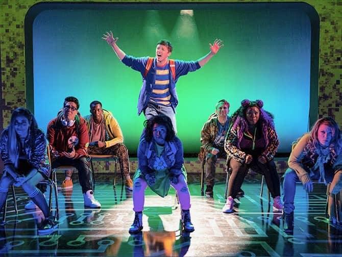 Be More Chill Broadway billetter - High school