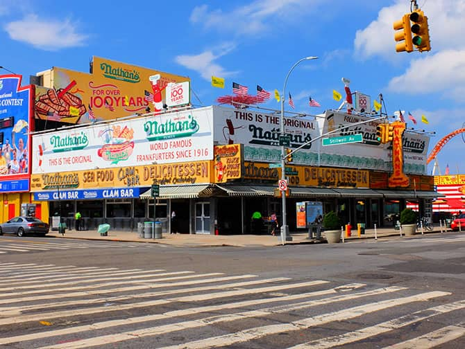 Coney Island i New York - Nathan's Hot Dog