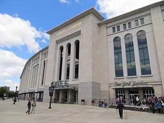 Guidet tur i Brooklyn, Queens og Bronx - Yankee Stadium