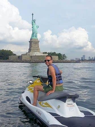 Svømme i New York - Jetski