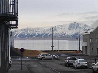 Island stopover på vej til New York - Udsigt over sø