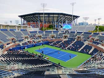 US Open Tennis billetter - Arthur Ashe Stadium set fra Grandstand